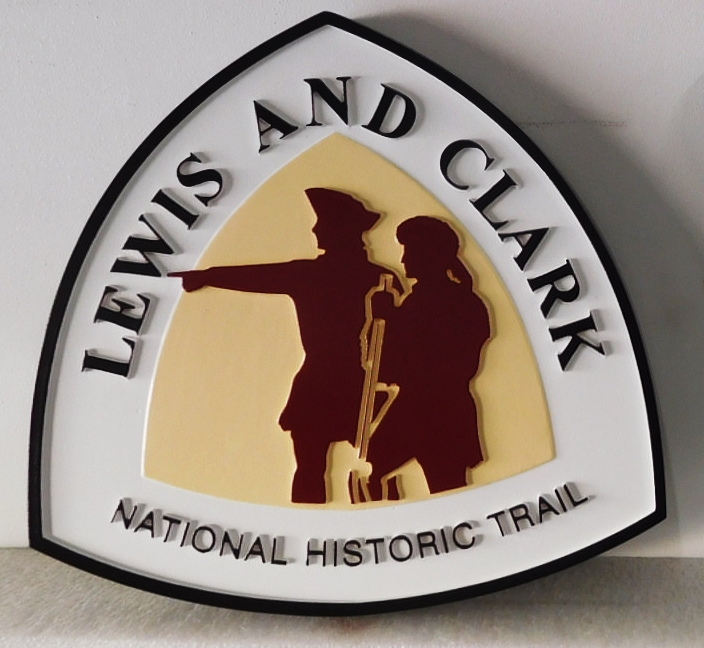 "G16103 - Carved Trail Sign for the  ""Lewis & Clark National Historic Trail"", with Silhouettes of Lewis and Clark"