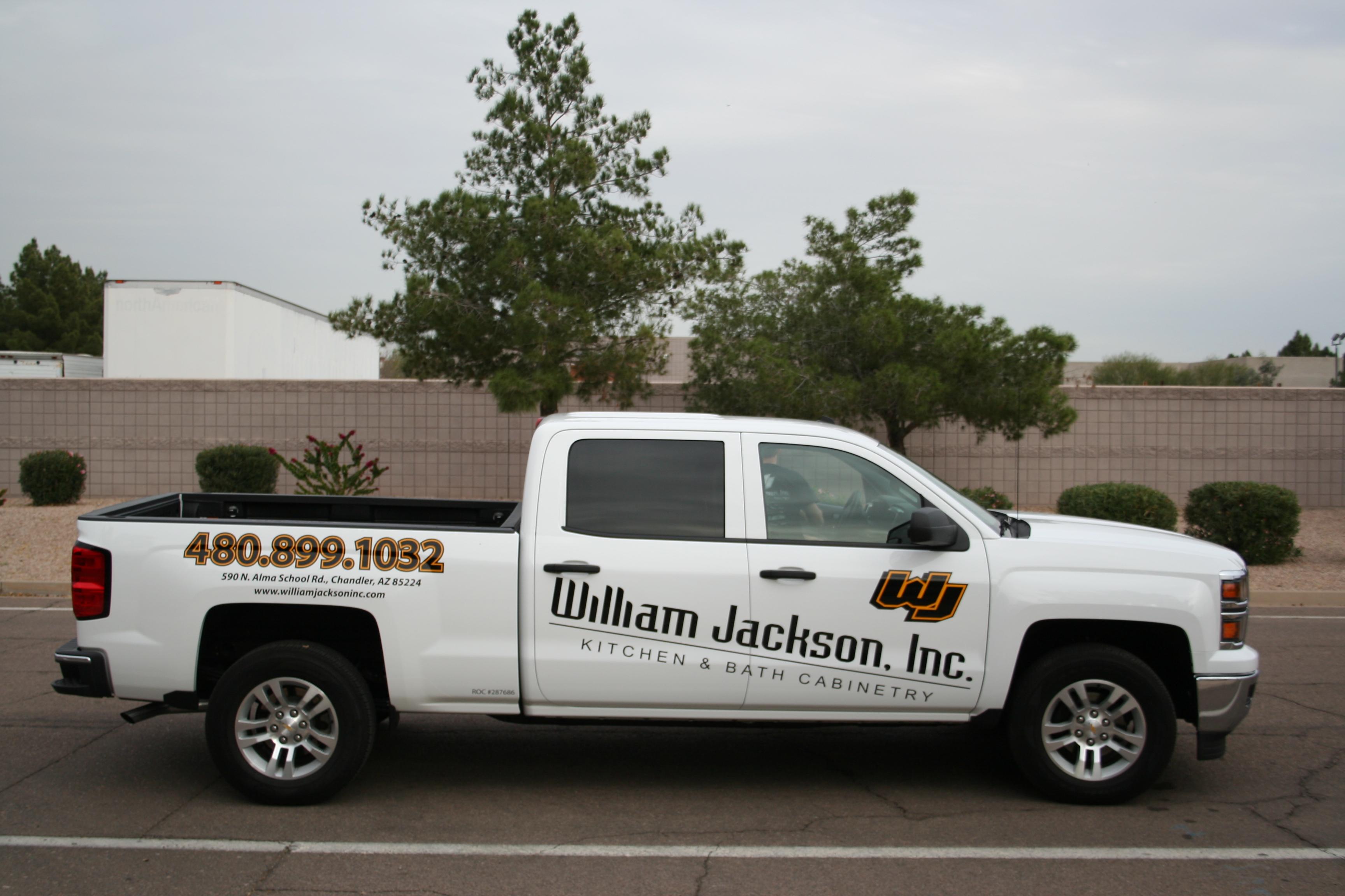 Truck Lettering & Partial Wraps