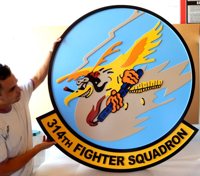 LP-2320 - Carved Round Plaque of the Crest of the 314th Fighter Squadron,  Artist Painted