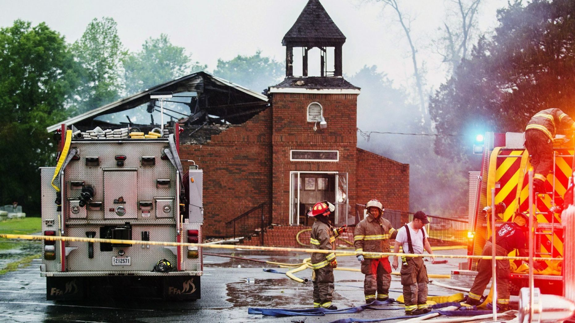 FBI, state authorities probe 3 'suspicious' blazes at African-American churches in Louisiana