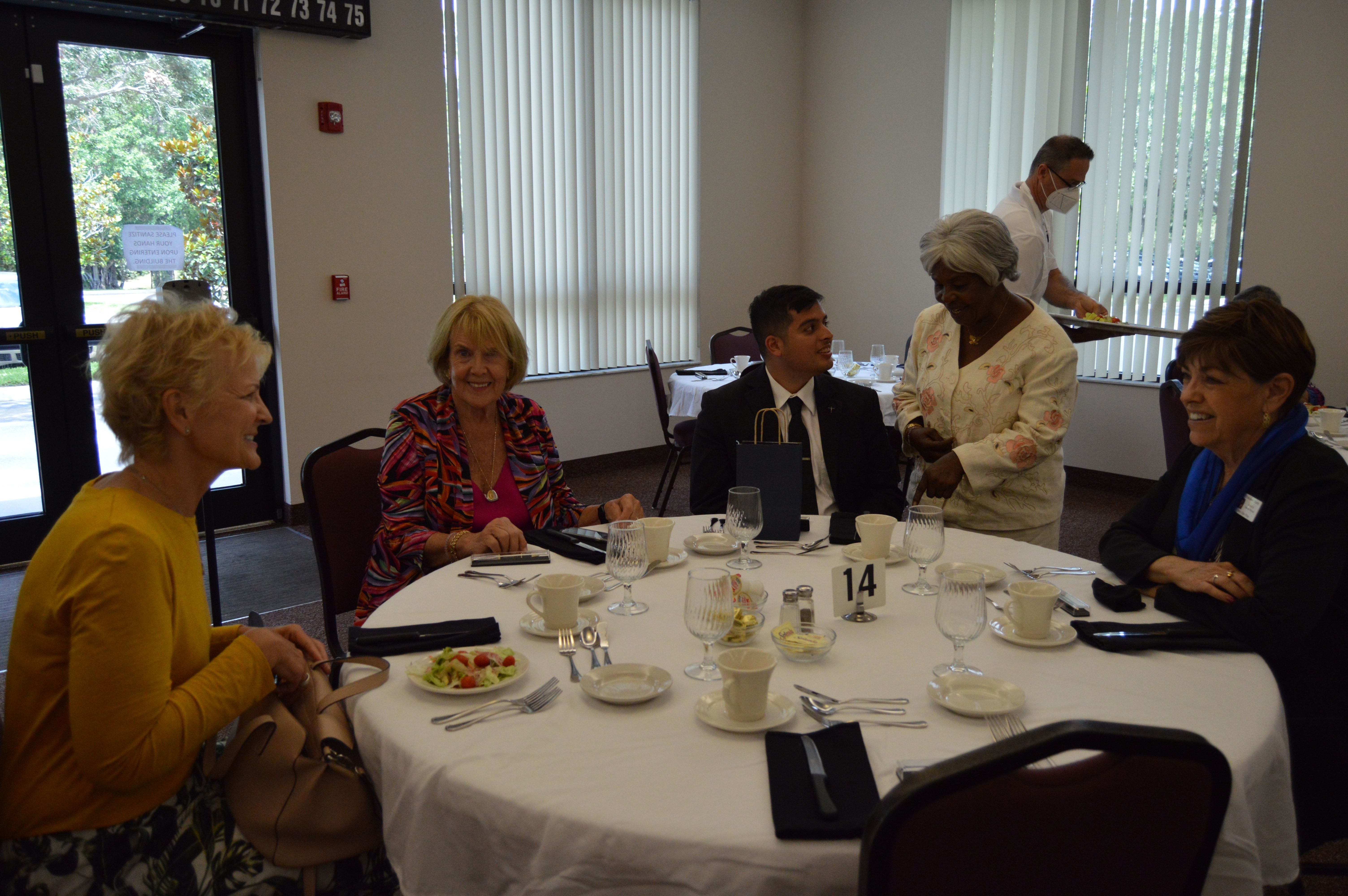Sharing a meal and faith: seminarians tell vocation stories at annual luncheon