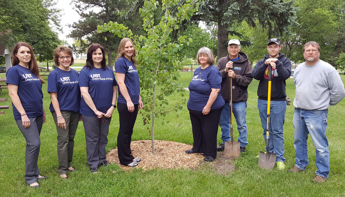 City Park receives trees from Union Bank