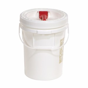 A01LC137  5-Gallon Pail with Screw Top Lid