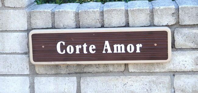 "KA20667 - Carved Wood Grain Spanish Sign ""Corte Amor"" Courtly Love"