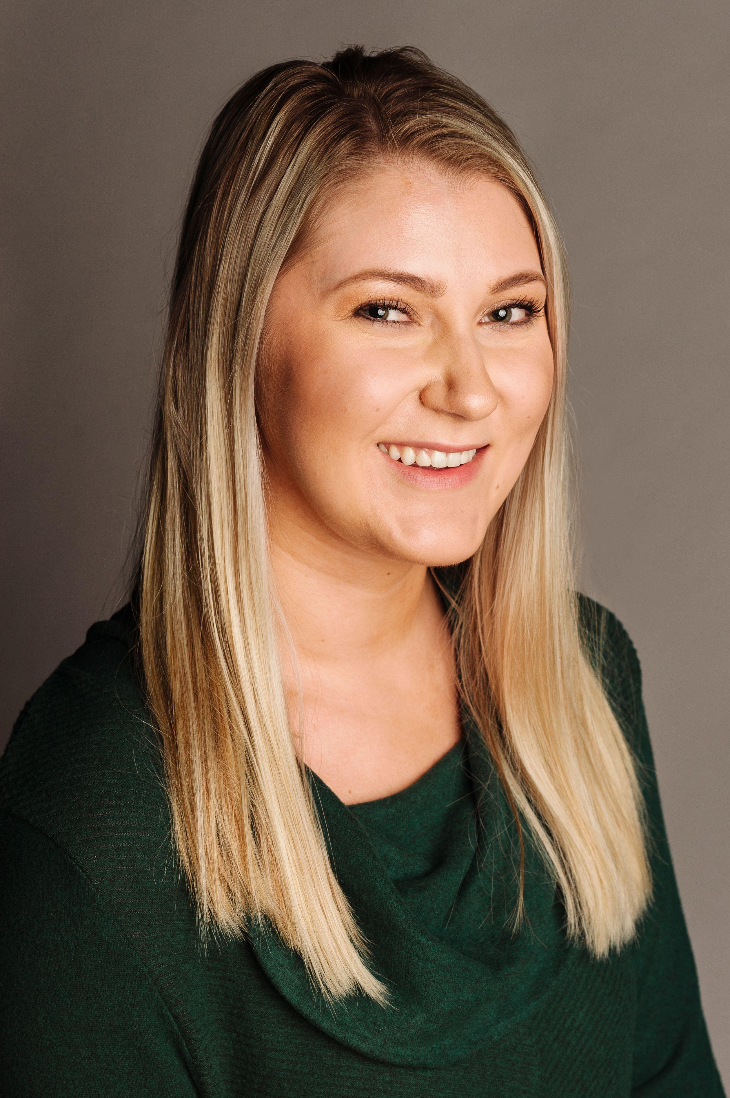 Lauren Kunken - Client Service Specialist