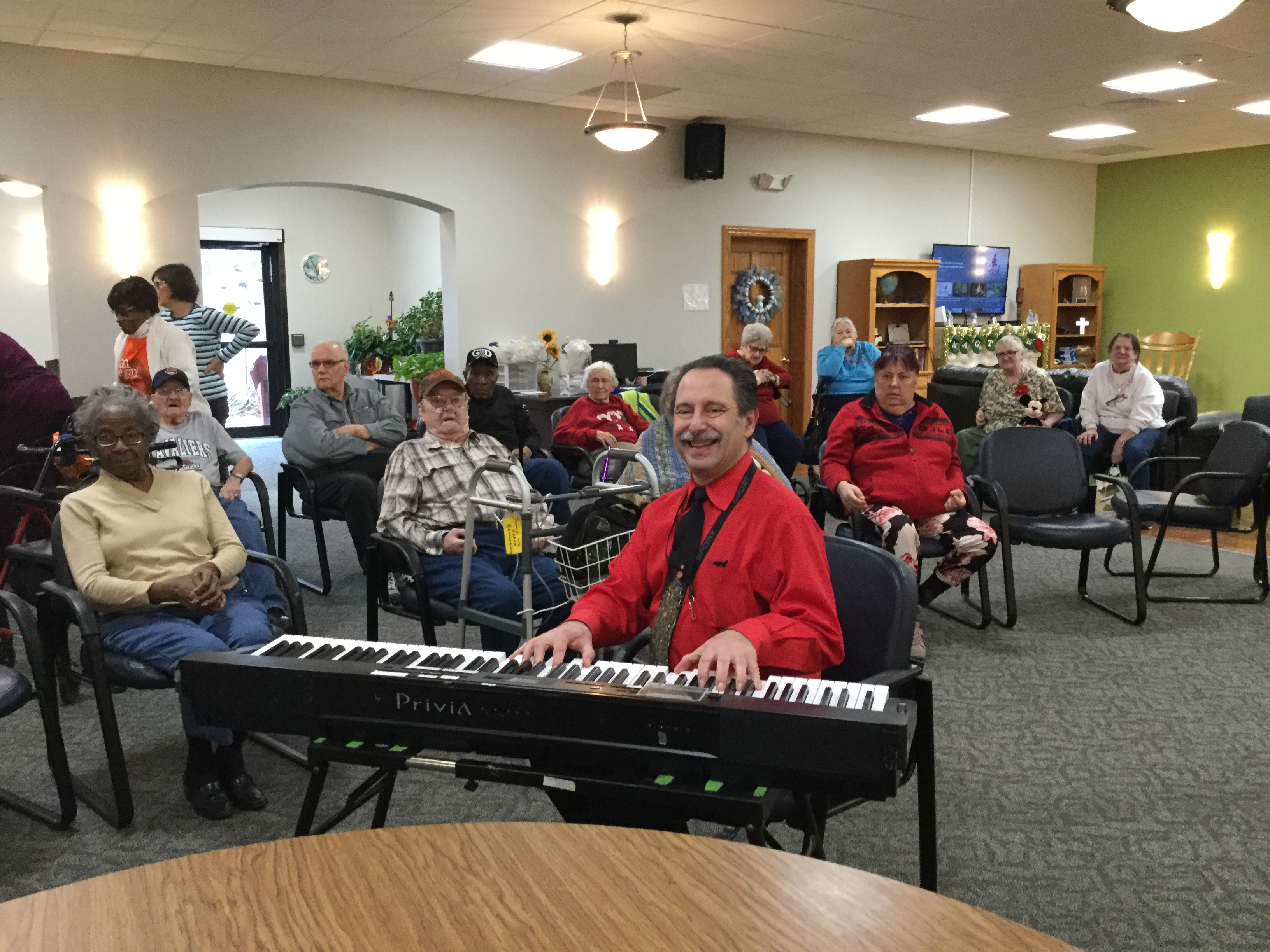 Steve Dallas entertains at our Adult Day Center with a sing-a-long
