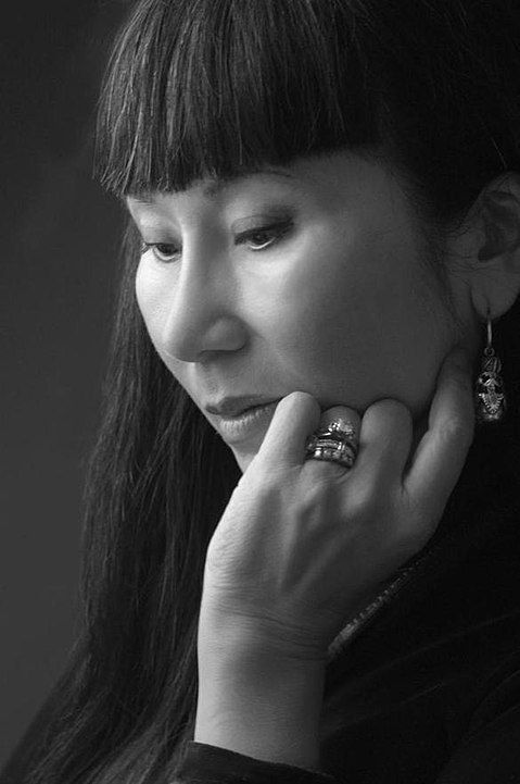 Best-Selling and Award-Winning Author Amy Tan