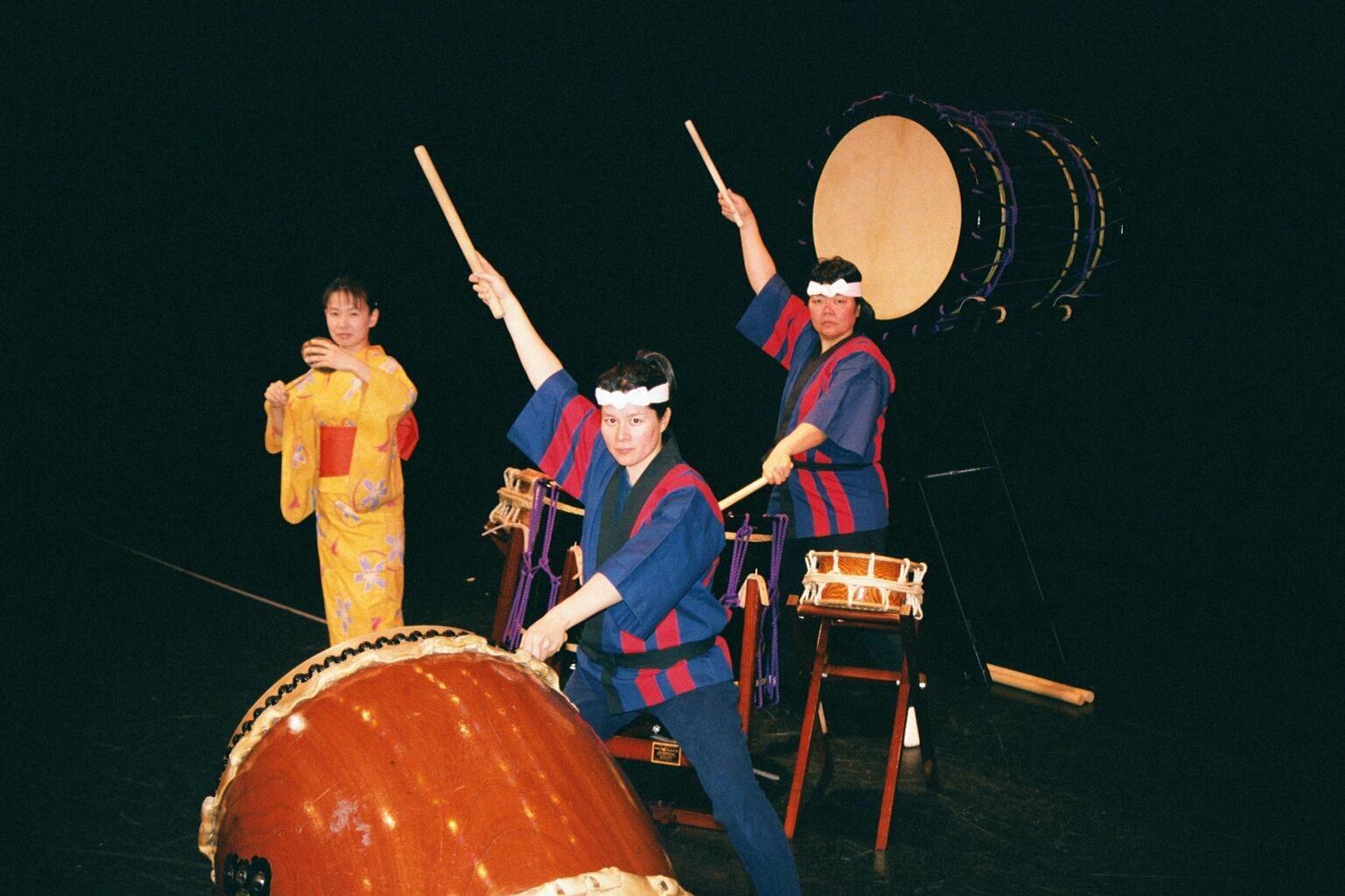 """""""Drums Shake Hamden"""" Article"""
