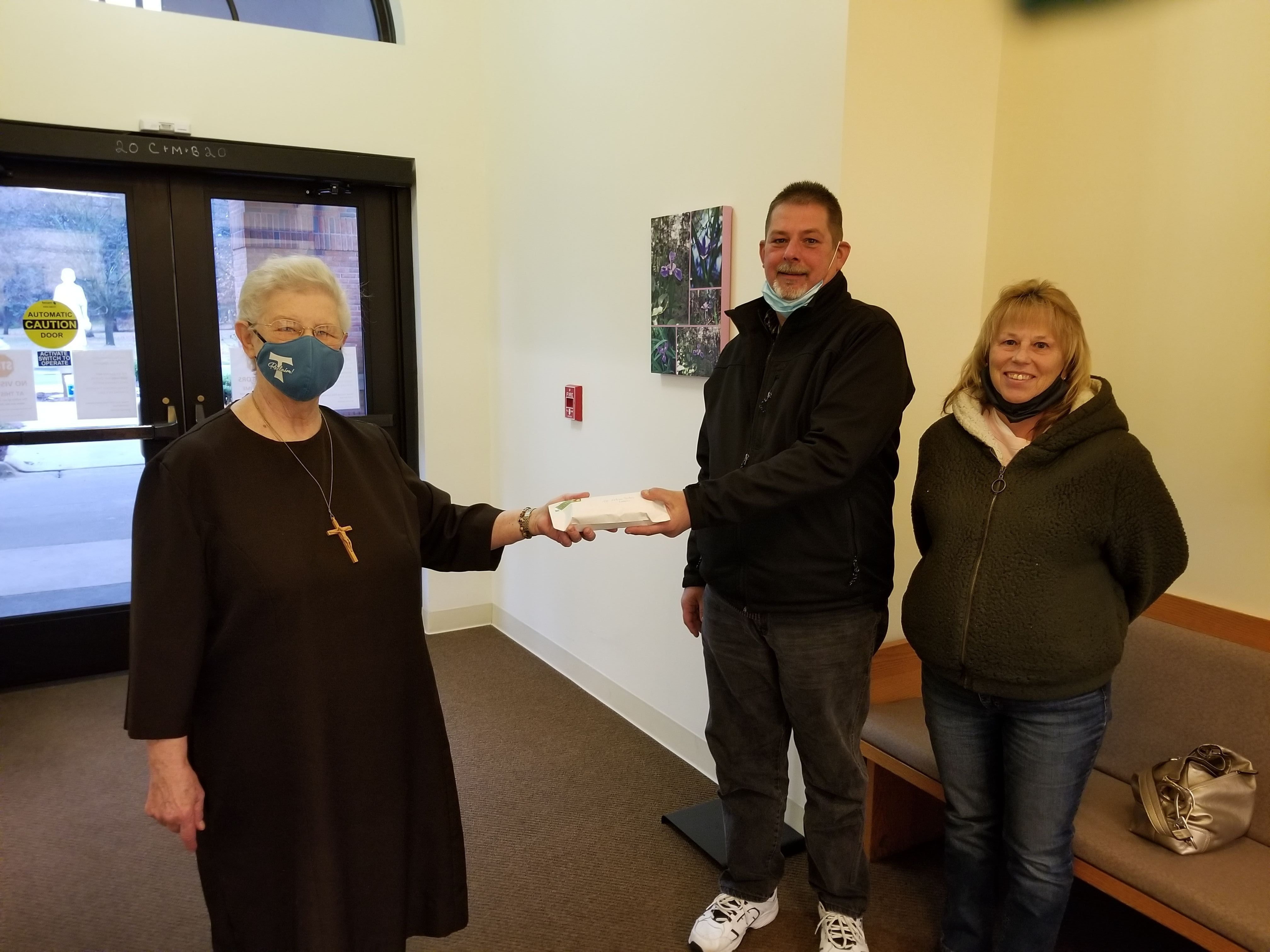 Couple Raises Over $3,000 for Felician Sisters