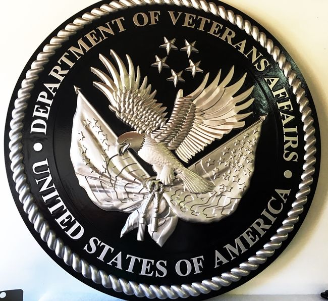 U30283 - 3-D Carved Silver-Leaf Gilded HDU Wall Plaque of the Seal of the Department of Veteran's Affairs , Silver & Black