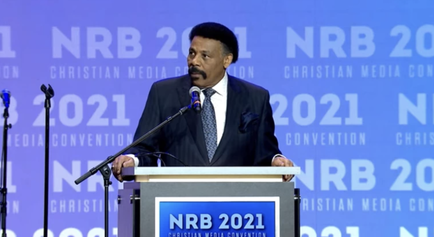 Tony Evans suggests 'biblical response' to critical race theory as tensions mount