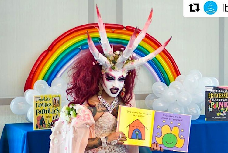 Now church becomes venue for 'drag queen'