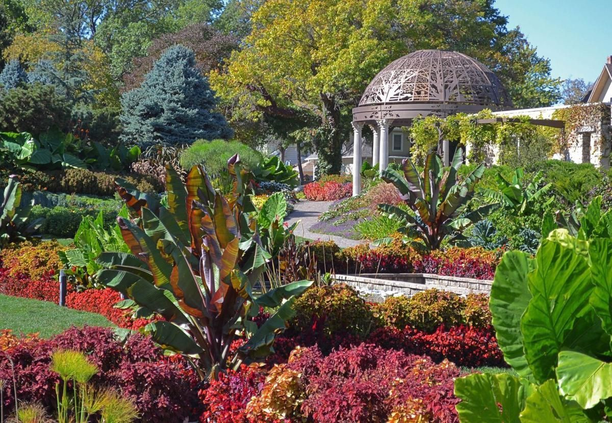 Sunken Gardens' Rotary Pavilion