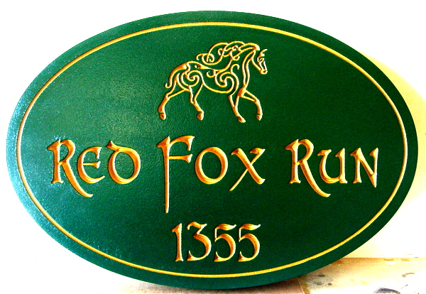 "I18554 -  Engraved HDU Elegant Property Name and Adress Sign, ""Red Fox Run"". with Stylized Horse"