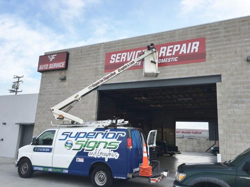 Exterior signs for auto repair companies in Fullerton CA