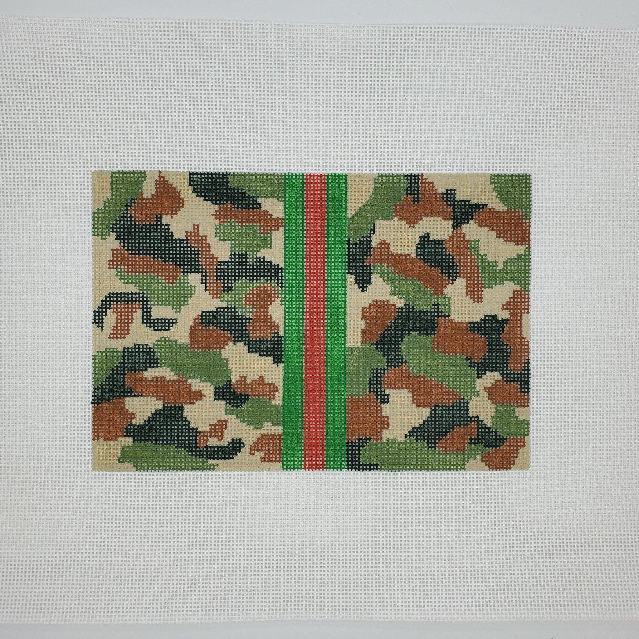 Camouflage Clutch, Khaki