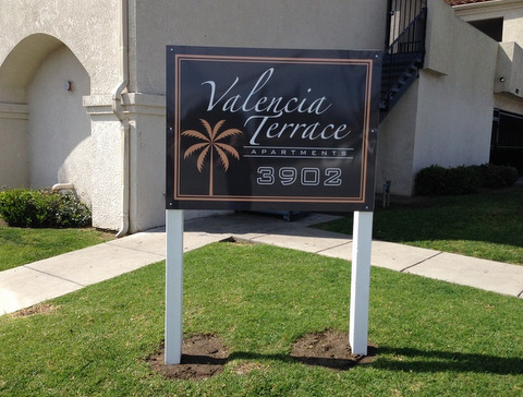Graffiti-Free Signs for Property Managers in Orange County