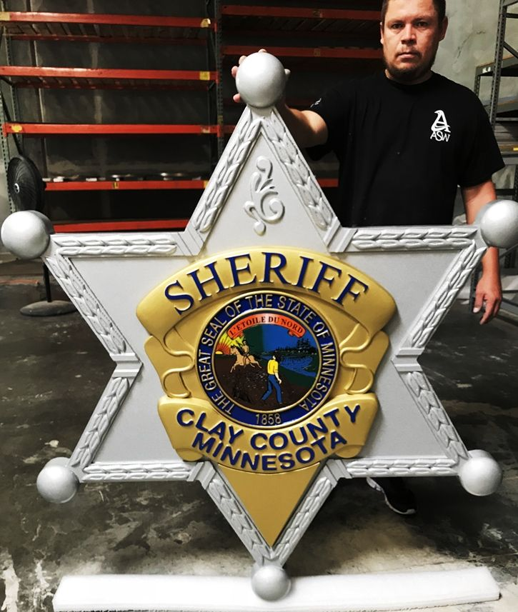 PP-1660 - Carved Plaque of the Star Badge of the Sheriff of Clay County, Minnesota, 3-D Artist-Painted