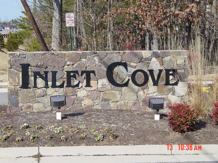 Inlet Cove Community Sign