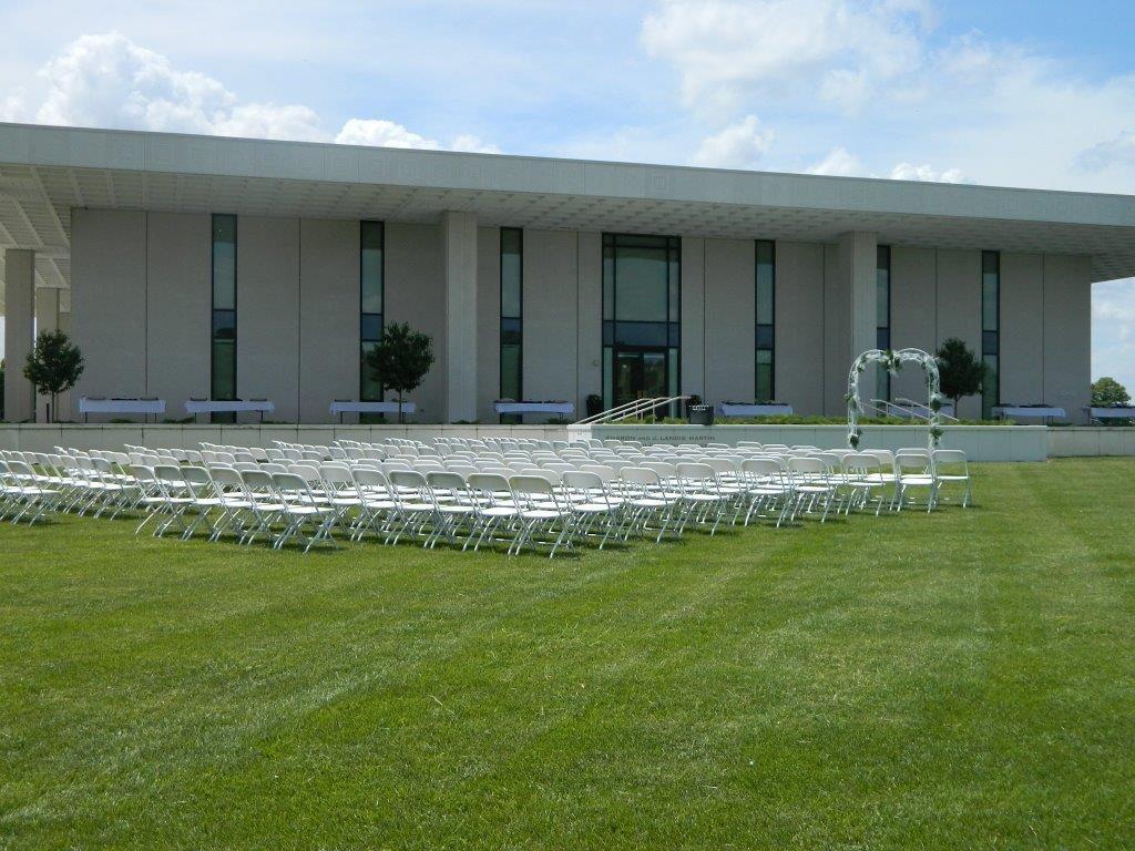 Eihusen Foundation Portico Lawn Wedding