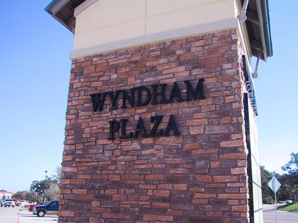 Wyndham Plaza