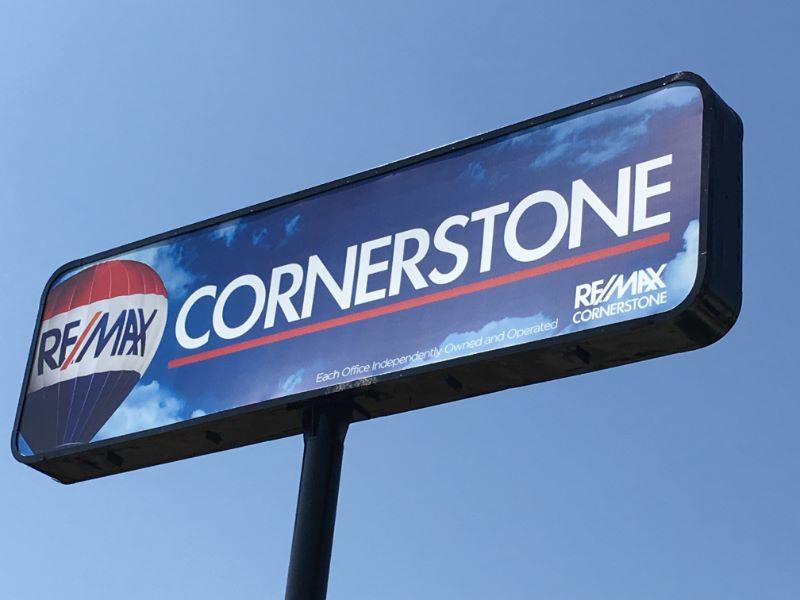 Sign Facings for Pylon Signs Orange County CA