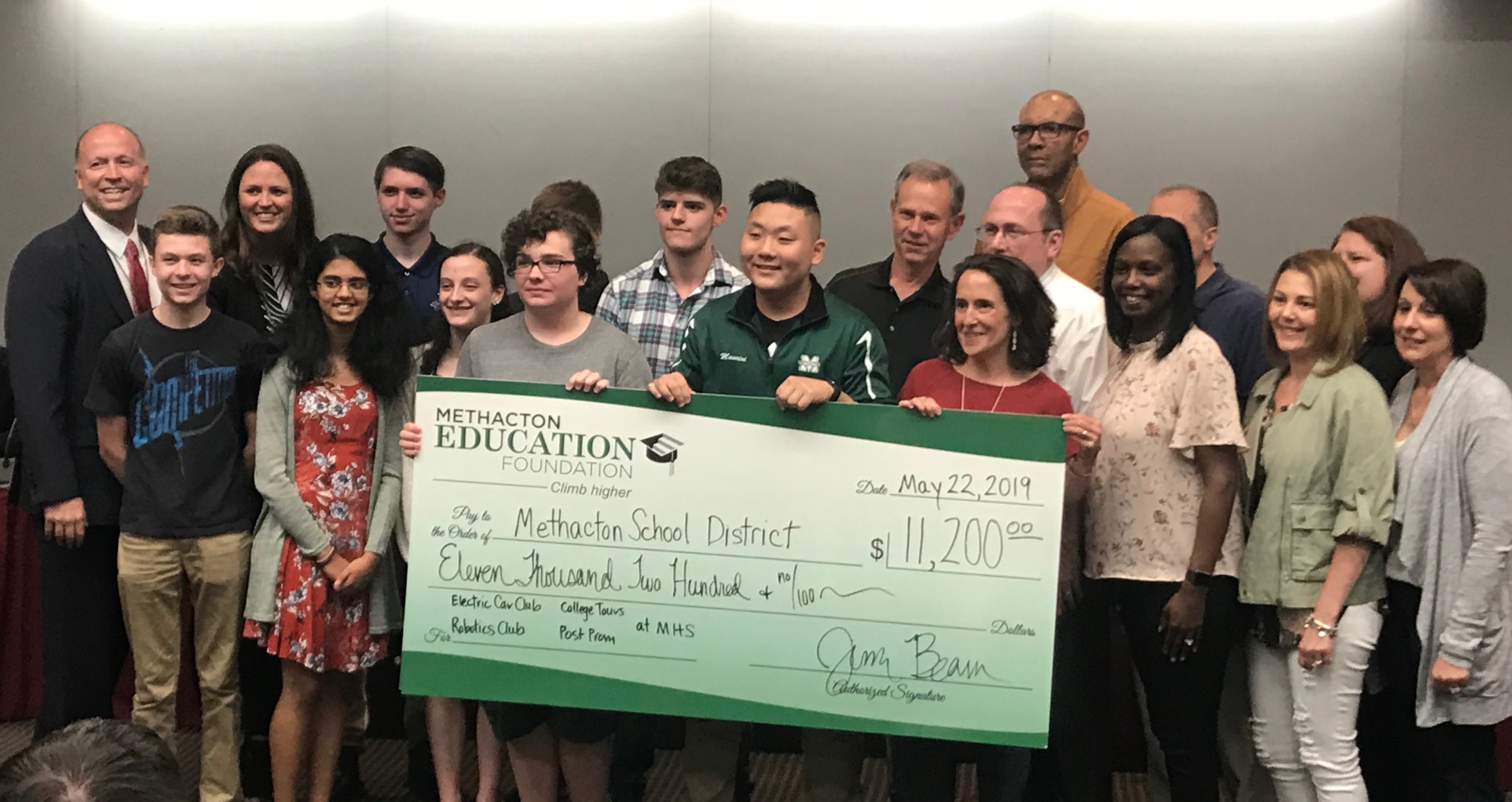 Foundation Awards $11,200 for High School Grants