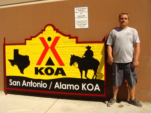 "G16307 -KOA ""Kampgrounds of America"" Sign with Cowboy on Horse, Texas"
