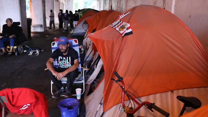 Judge dismisses homeless 'tent city' lawsuit against city