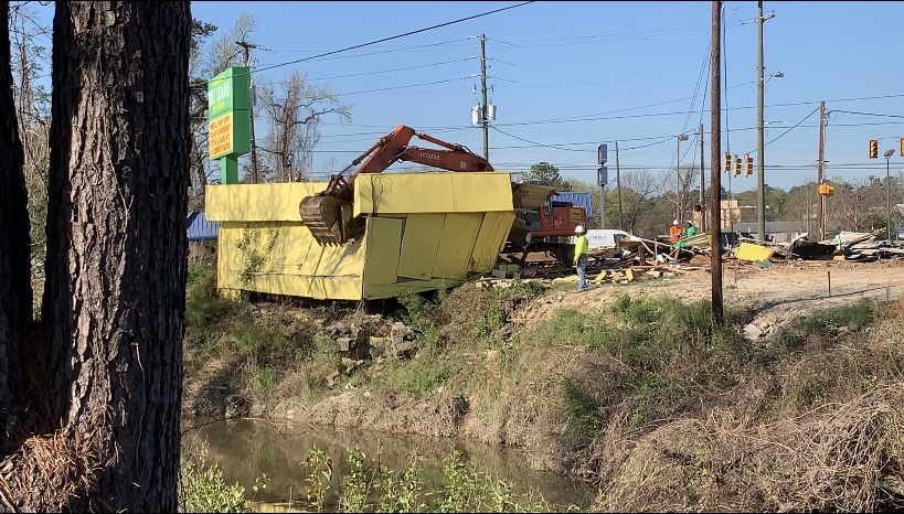 Title Loans building razed in Columbia, more than 3 years after flooding