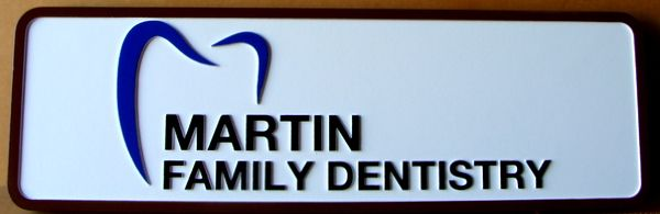 BA11551 – Carved Family Dentistry Sign, with Stylized Molar Tooth Logo