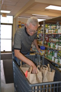 Volunteers Needed for Juan Diego Center Food Pantry