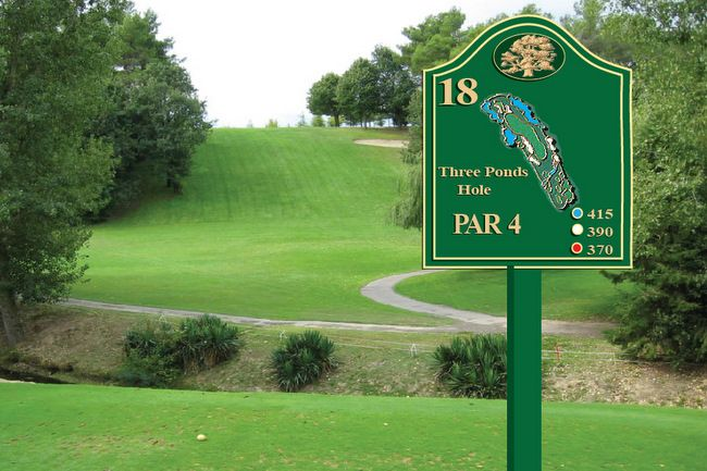 E14309 - Carved HDU Golf Course Tee Sign with Hole Layout and Yardages