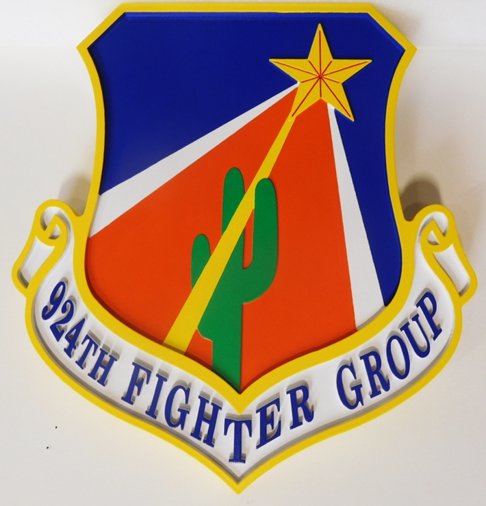 LP-2690 - Carved Round Crest of the 924th Fighter Group, Artist-Painted with Saguaro Cactus and Star as Artwork