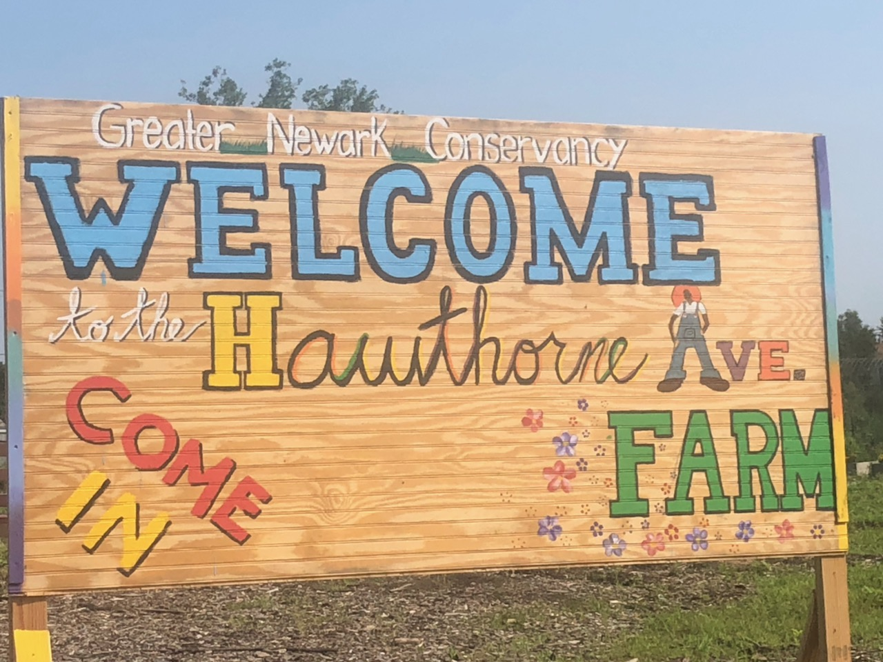 Hawthorne Avenue Farm