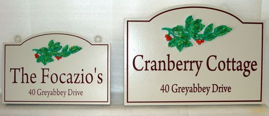 "I18232- Engraved Cottage Name Plaque, ""Cranberry Cottage"", with Clusters of Cranberries"