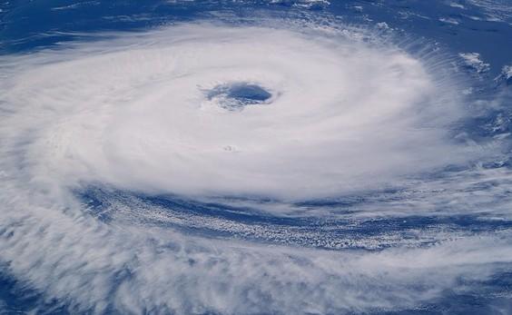Hurricane ( source pixabay.com )