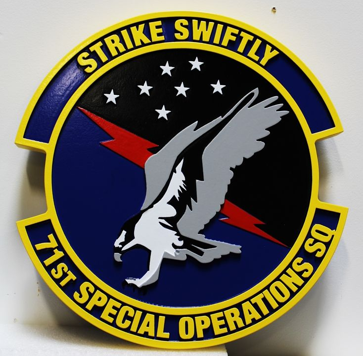 """LP-3956 - Carved Plaque of the Crest of the 71st Special Operations Squadron, """"Strike Swiftly"""", 2.5-D Artist-Painted"""