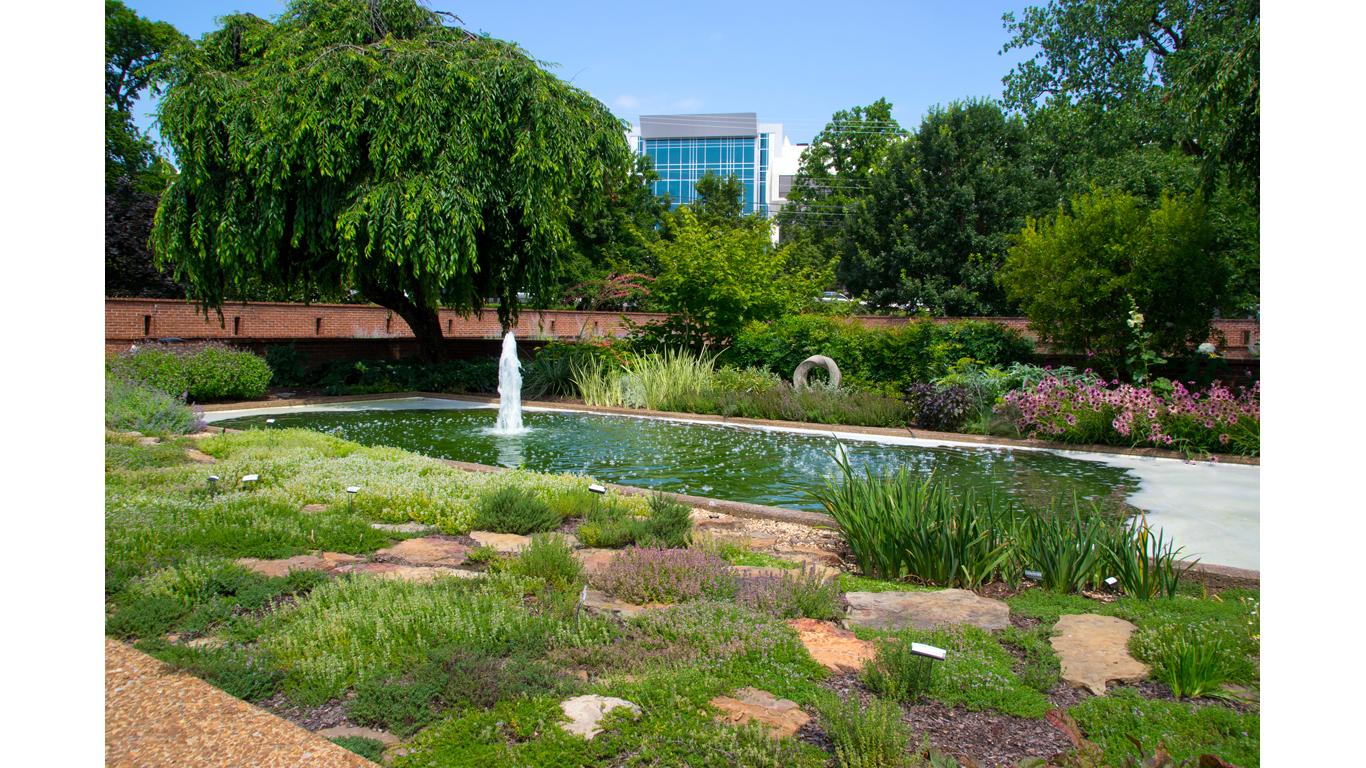 Centennial Garden 08