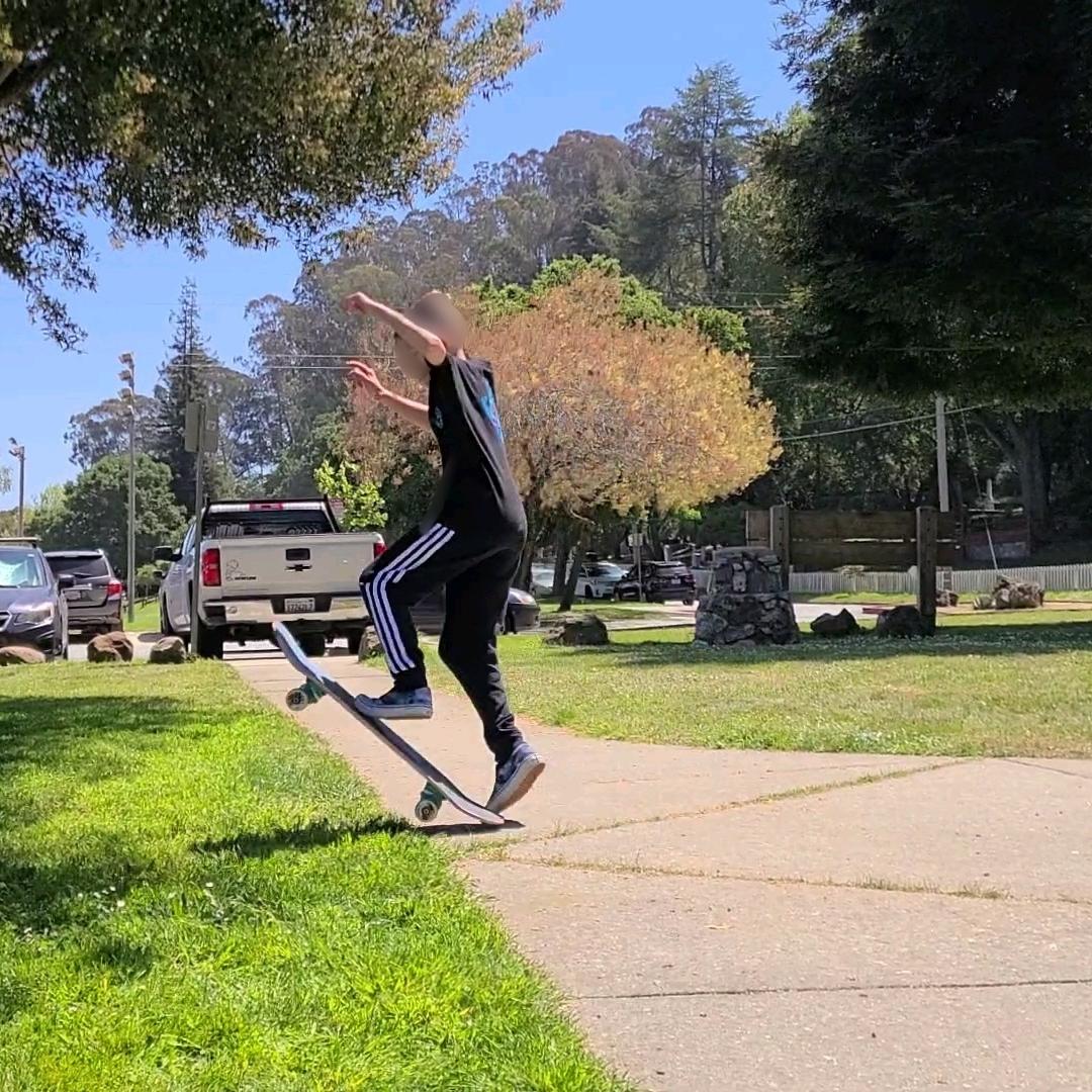 Sean skateboarding