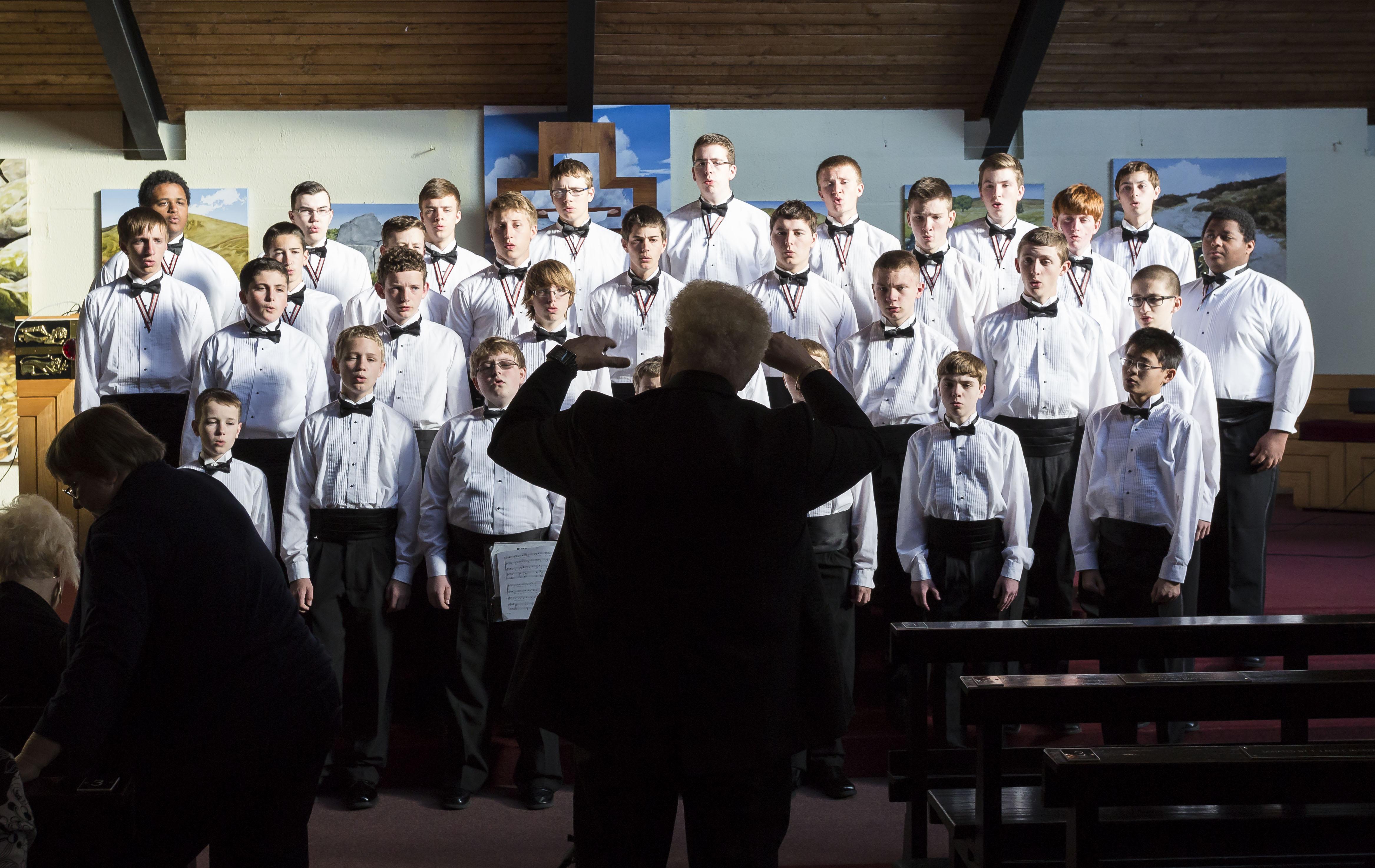 Masthead_Ireland Concert Silouhette