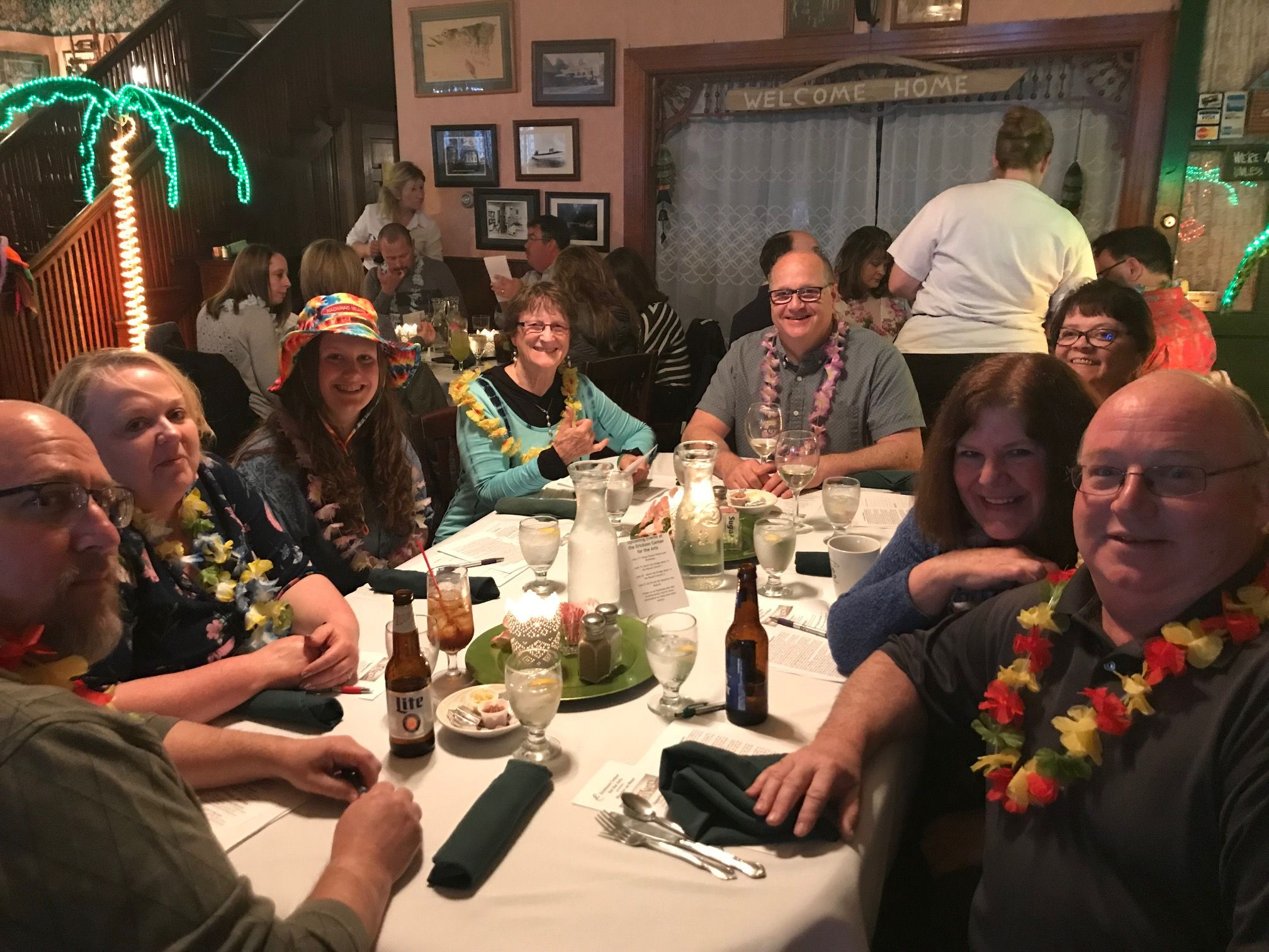 Murder Mystery Dinner Theatre Murder on Maui 2019