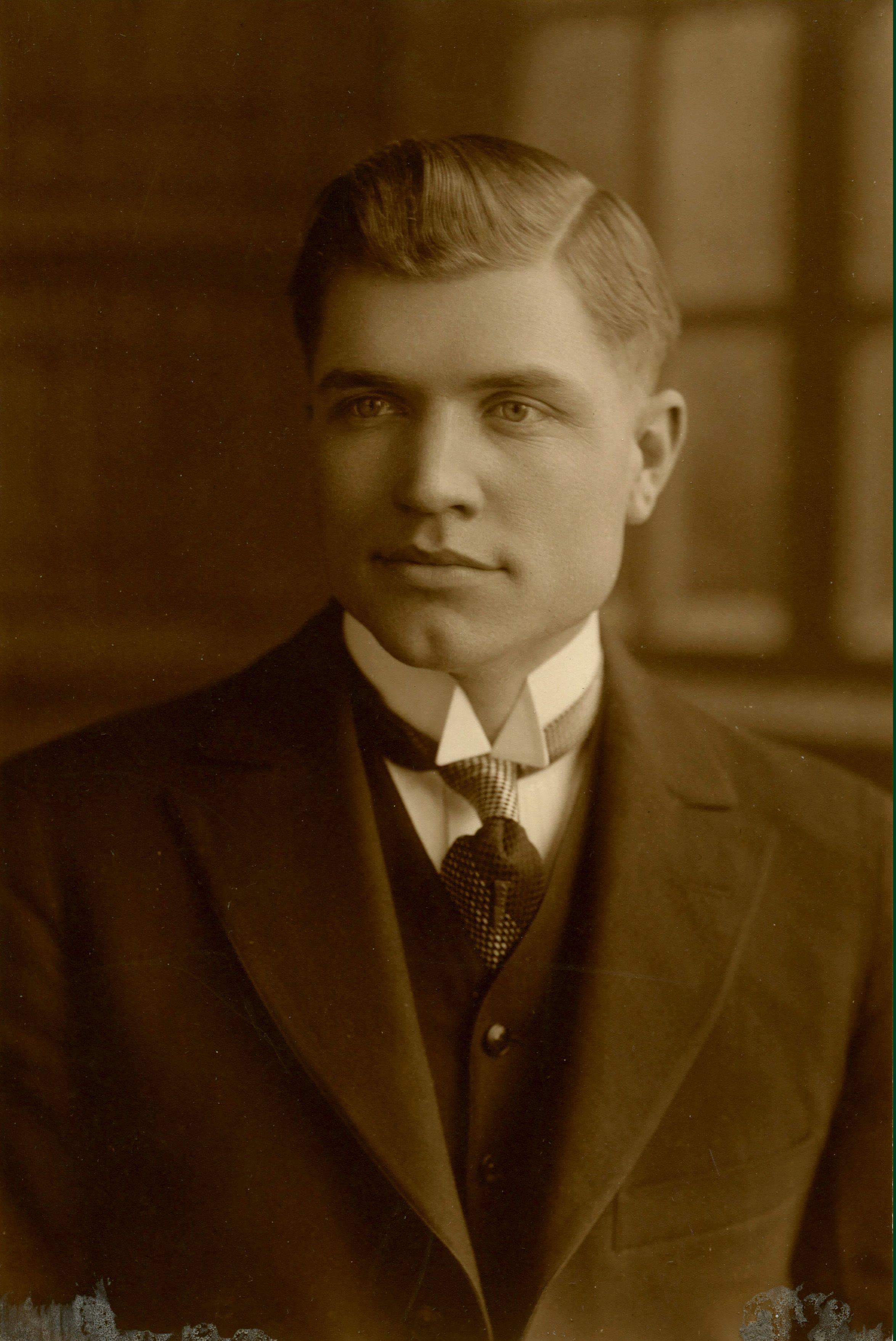Dr. Merton O. Arnold