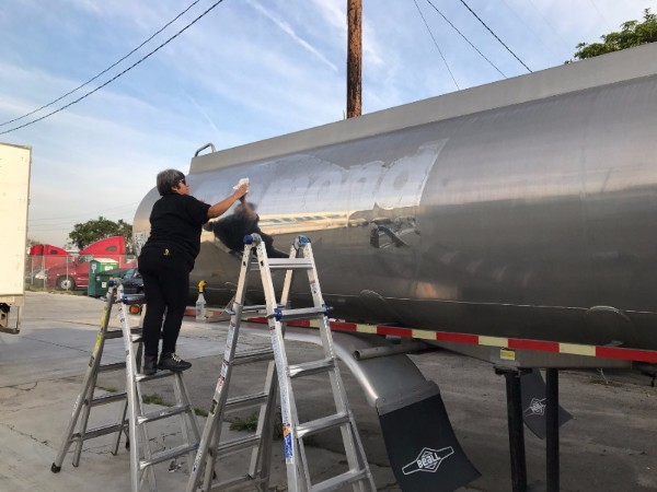 Vehicle Graphic Installation for Tanker Trucks in Los Angeles County