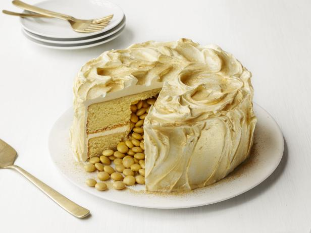 St. Patrick's Day | Recipe | Pot of Gold Cake