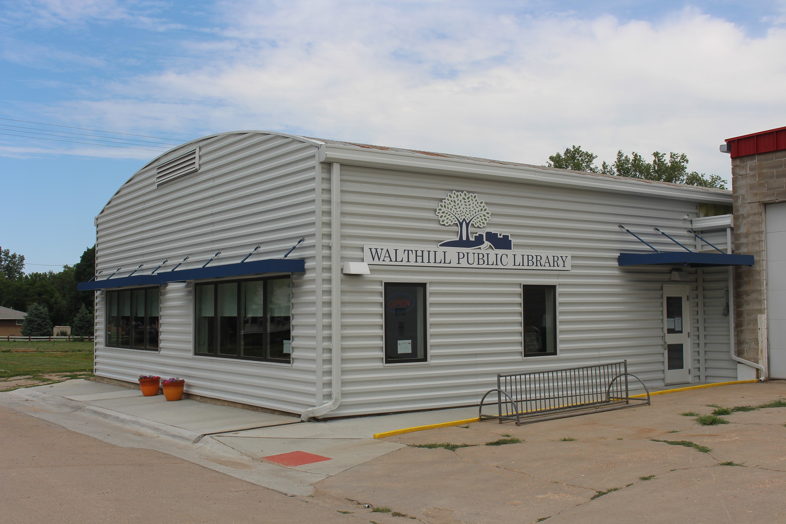 Walthill enjoys expansive new library