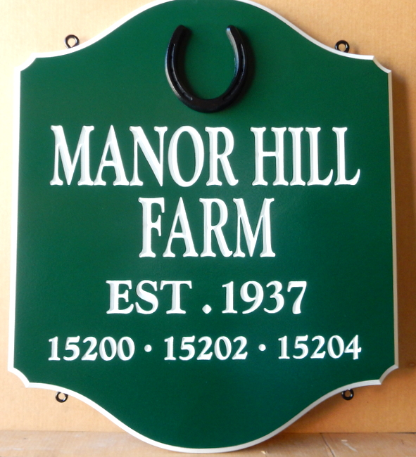 O24254 - Sign for Manor Hill Farm with Date Established and Horseshoe